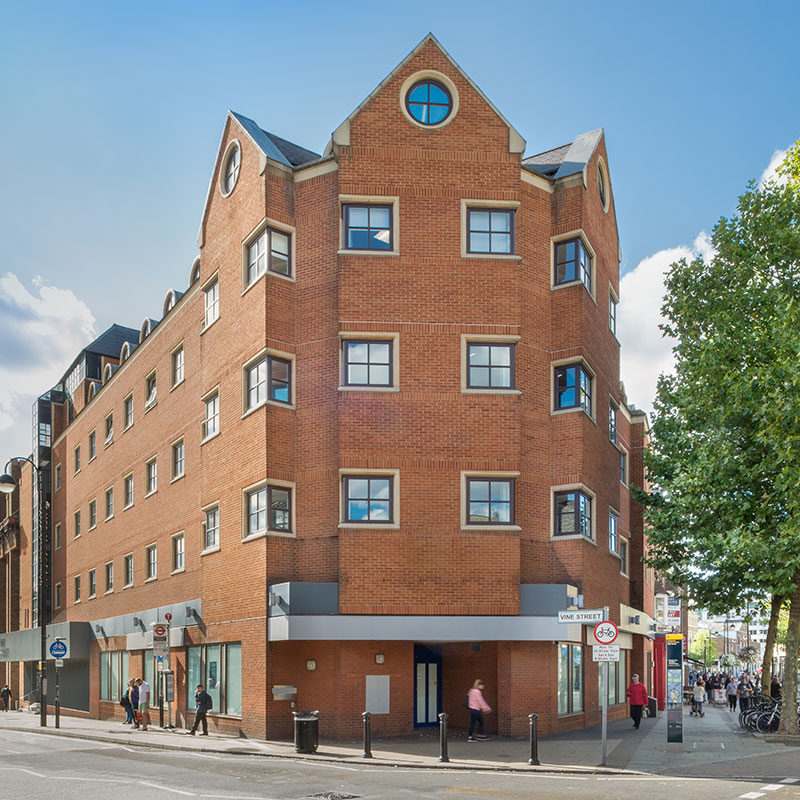 2 Vine Street, Uxbridge (Kingsbridge Estates commercial property) ®petersavage