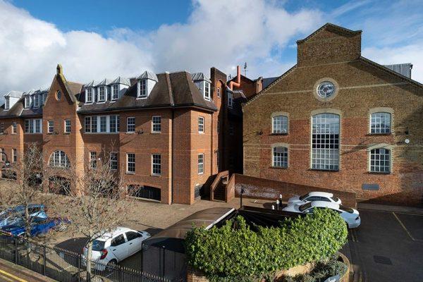Kingsbridge Estates acquires office at Stoke Road, Guildford